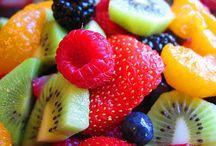 Healthy Eating / by Lara Self
