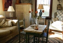 Country Decor / by Yvonne