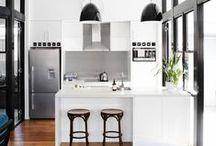 Cuisines | Kitchens / Retrouvez ici ma sélection des plus inspirantes photos et ambiances pour la décoration de ma cuisine...