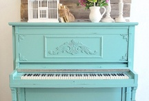 Pianos & Music <3  / Pianos remind me of my Mom <3  She's been a piano teacher since I was born...when I was young, I would fall asleep underneath the piano while she gave piano lessons to her students
