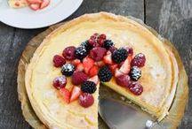 Sommerfeste mit Freunden & Familie / Hier findest du viele leckere Rezepte und Ideen für deine nächste Sommerparty. Egal ob Fingerfood oder fruchtige Tartes, alles schnell und ganz einfach zubereitet.