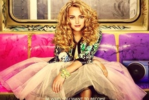 Carrie's Closet / Carrie Bradshaw from the Carrie Diaries 80's wardrobe. / by Victoria Vitale