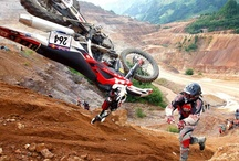 Queda de Moto | Dirtbike Crashes / Vacas, tombos, quedas, fails de moto no enduro, trilha e cross country