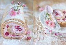Floral kitchen / by Edge Walker