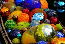 Balls, Spheres & Circles make the world go round! / All things round...decor, art, play!  Balls make the world go round! / by Lisa Davis