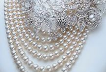 Pearls / Pearls, so chic and graceful!