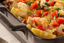 Food: Food for a Crowd/Casseroles / by Sher Allred