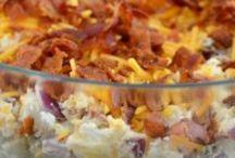 Food! It's so persuasive! / by Ashley Pierce