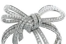 """""""KNOTS, TIES, RIBBONS & BOWS"""" JEWELRY TREND / JEWELRY TRENDS"""