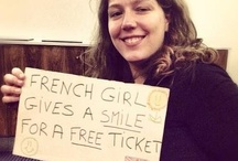 """Free tickets for a smile / """"French girl gives a smile for a free ticket"""". A concept invented by Sarah (http://www.leblogdesarah.com/), that litterally opens the door to many events!"""