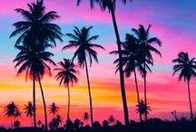 Sunrises and sunsets / If something is true, its that sunrises and sunsets make places even more magical... Don't you agree? Sunrises and sunsets around the world. Levers et couchers de soleil magiques autour du monde et en voyage.