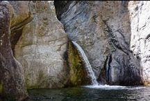 Cascades / Donnez-moi une cascade et je suis capable de rester en contemplation et à l'écoute pendant des heures...