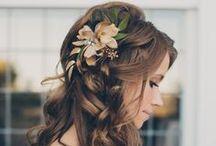 Future Wedding-Hair / by Annie Horn