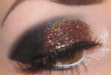 makeup i love / by Molly Kriner-Lacey