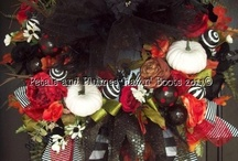 wreaths / by Molly Kriner-Lacey