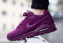 Kadın Ayakkabı Modelleri / Spor Kadın Ayakkabıları, Günlük Kadın Ayakkabıları, Trend Ayakkabı Modelleri ve Kadın Ayakkabı Modasına Dair Her Şey.