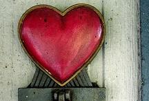 happy little hearts / by Linda Clark