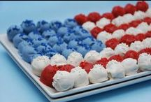 4th of July / 4th of July party ideas including red, white & blue desserts, free printables for July 4th, BBQ recipes and more!
