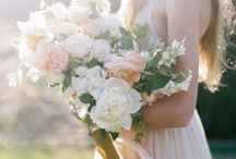 Wedding Flowers / the kind of flowers I find beautiful.
