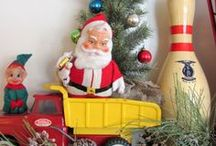 Vintage Christmas / Vintage Christmas decor. / by Carlene @ Organized Clutter