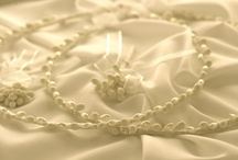 Greek Wedding Crowns Stefana / Hand made Greek Orthodox Wedding Crowns / Stefana, direct from Cyprus. We ship globally.