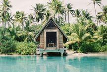 Travel / by Hannah Selleck