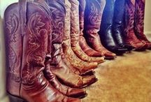 cowgirl boots :) / by Sierra Simons
