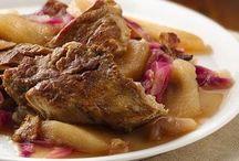 - Slow cooker - / Crock pot recipes  / by Paulita Ramone
