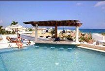 Hoteles en Playa del Carmen / ¿Qué tal un paseo por la famosa 5ta avenida o un día en sus hermosas playas de este destino? Pues hazlo y hospédate en alguno de sus hoteles #MiDestinoEs #PlayaDelCarmen