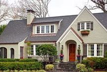 Dream Home / Curb appeal  / by Karla Gatto