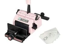 Crafty Tools - Bind-It-All & the We R Memory Keepers Cinch / I have the Zutter Bind-It-All machine, and the We R Memory Keepers Cinch.