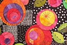 PLeASinG QuiLTs / by Sue Hoyos