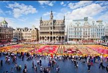 Brussels / Brussels, capital of the kingdom of Belgium is also the capital of Europe.   A destination that's easy to reach and reasonable prices that won't strain its visitors' pockets, regardless of age. This cosmopolitan city that loves good food lives life its way and expresses itself in a style very much its own
