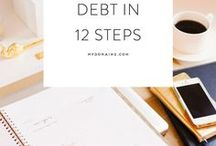 Debt Payoff / Everything you need to know to pay off debt for the beginner.  Whether its tips on saving or budgets, printables or envelopes, and Dave Ramsey quotes.