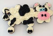 Cupcake Cakes / by Dawn