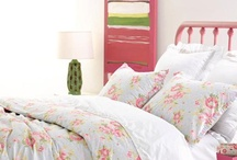 Guest Room Decorating Ideas / For more decorating ideas stop by: http://www.decorating-ideas-made-easy.com / by Jennifer Decorates