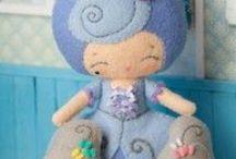 Bonecas/bonecos /dolls-moldes e idéias / Blog de artesanato passo a passo. / by Soraya Rejane Correia