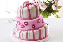 Cake Art / Innovative cake creations / by Lakeland Loves