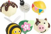 Cake Pops / A versatile mouth-sized bite of cake creation!