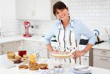 Davina McCall - Davina for Lakeland / We're huge fans of Davina here at Lakeland and – we're delighted to say – the feeling is mutual! A keen home cook and long-time Lakeland fan, Davina is just as passionate as we are about good food and healthy eating, and it's this shared enthusiasm that has led to her teaming up with us to design an exclusive range of kitchen prep products. http://www.lakeland.co.uk/info/davina?src=pinit