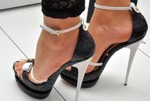 Shoes' Crush / by Tati