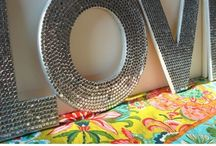 Crafts with a tween / Little projects to do with 10-14 year old girls / by Christina Sheets