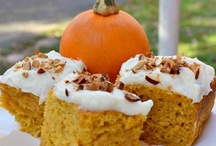 Foodies I wanna eat - Pumpkin Dessert Edition / by Deanna Viele