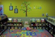 School-Organization  / by Andrea Benne