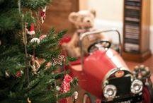 Santa Claus is comiiiiiiiiiing ... To tooooooooooooown !