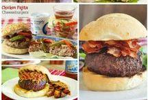Burger Recipes / Hamburgers, Cheeseburgers, Chicken Burgers, Salmon Burgers, Turkey Burgers, Tofu Burgers. I want these burger recipes in my tummy! Mmmmmm burgers!!