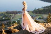 Bridal Portrait Ideas / Steal some inspiration on how to pose for your bridal portrait.