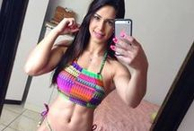 Muscle Gals / Pictures of inspirational muscle gals.