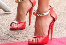 Fabulous Footwear / by Ivana Osete Ramonet