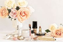 DETAILS / Bits of pretty for the small places and spaces.  / by Emelie Allen